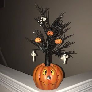 Other - HALLOWEEN ORNAMENT TREE